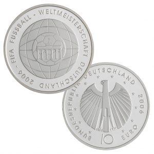 BRD, 10 Euro 2006 Zur Fußballweltmeisterschaft 2006 in Deutschland – 4. Ausgabe, 925er Silber, 18g, Ø 32,5mm, Prägestätten ADFGJ, st Auflage: 4.000.000, PP Auflage: 400.000, Jaeger-Nr. 520