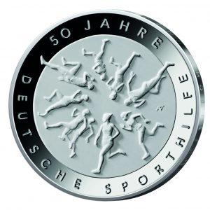 Motivseite der Münze BRD 20 Euro-Gedenkmünze 2017 50 Jahre Deutsche Sporthilfe, Copyright: BADV. 50 Jahre Deutsche Sporthilfe. Fotograf: Hans-Joachim Wuthenow, Berlin. Künstlerin: Adelheid Fuss, Geltow