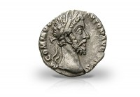 Zusatzbild zu Römische Kaiserzeit Denar 177-192 n.Chr. ss